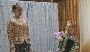 Коллектив Центра казачьей культуры «Вольная станица» в Центре реабилитации «Забота»