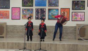 Воспитанники Центра казачьей культуры «Вольная станица» приняли участие в празднике осени
